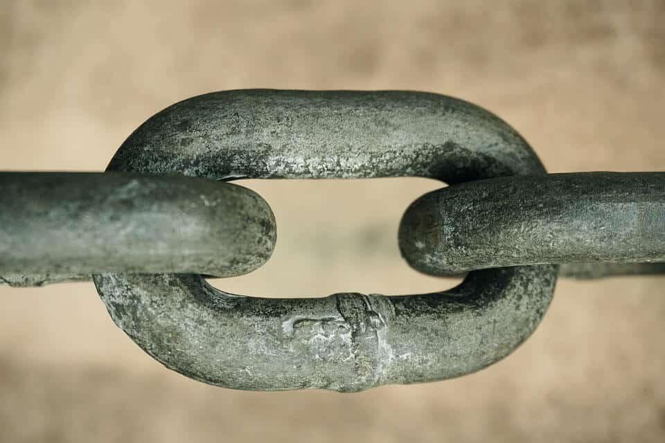 chain-4874044_960_720 (1)